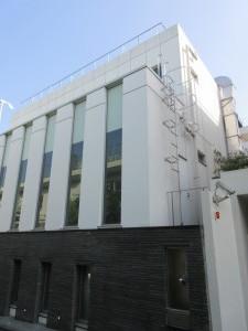 21-08|QC cube 神宮前421-7